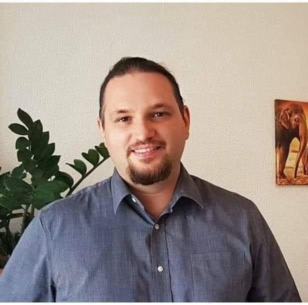 Alex Caciuloiu – Psiholog si psihoterapeut